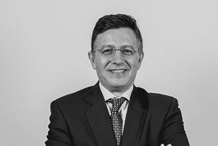 Javier Carmona Coslado, Socio de ONEtoONE, Corporate Finance y Certificado de Experto en Valoración de Empresas (IEAF)