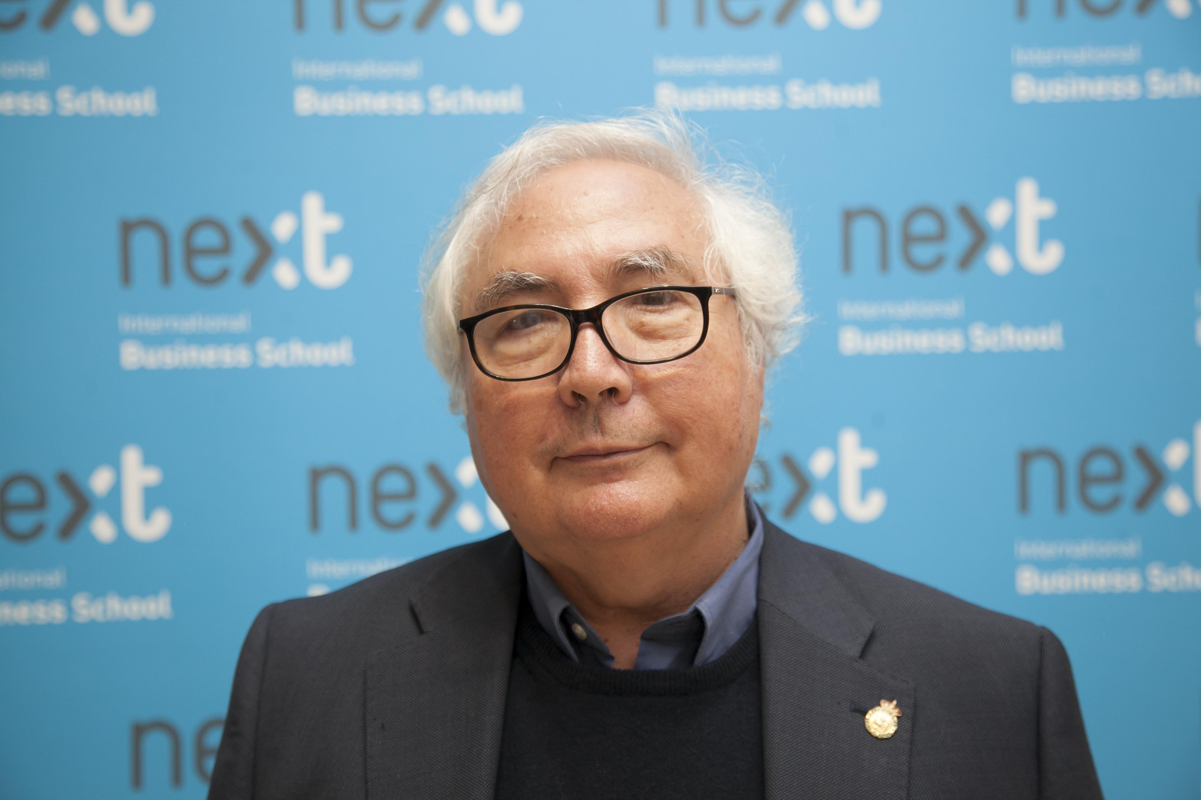 Manuel Castells, profesor de Next Educación