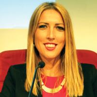 Miljana Micovic, Doctora en Lengua Española y Comunicación Política
