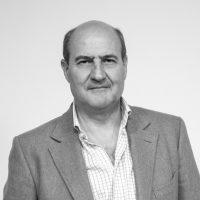 Alfredo Rodríguez, DEA.Derecho Internacional Público y Relaciones Internacionales. Asesor del Gabinete del Ministerio de Defensa hasta 2016