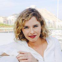 Marta Martín, catedrática y diputada en el Congreso